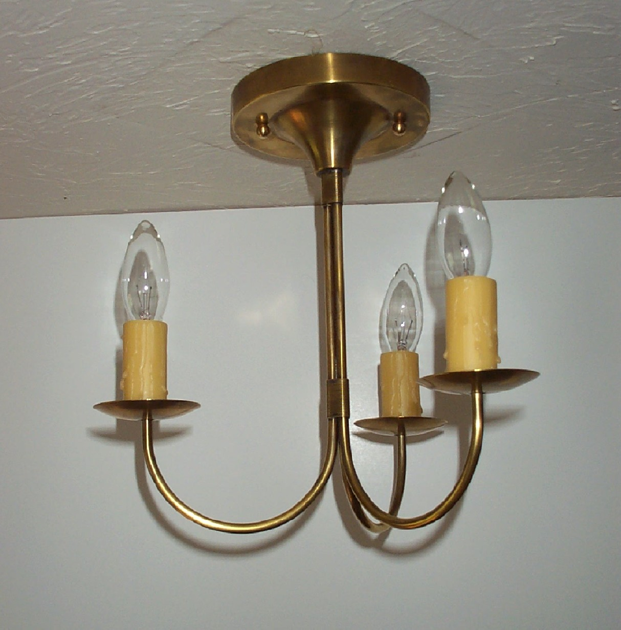 About Je Lighting Period Fixtures Br